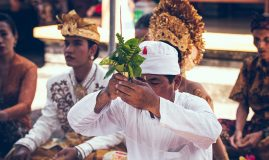 BALI, ENTRE<br>CULTURE & TRADITION