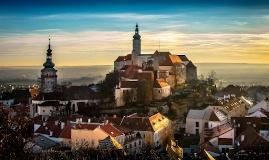 PRAGUE & MORAVIE